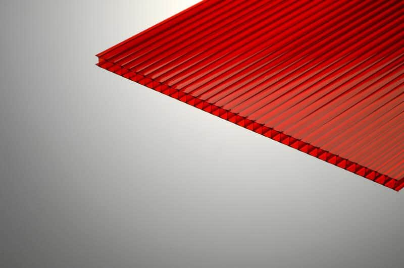 6mmPCSSred - פלזית פוליגל | לוחות פוליגל ופוליקרבונט | ®Plazit Polygal מניפת צבעים